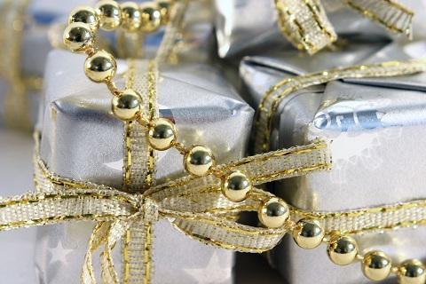 עגילי זהב